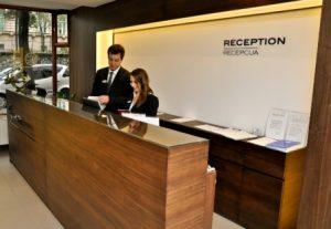 hotel recepcija-s